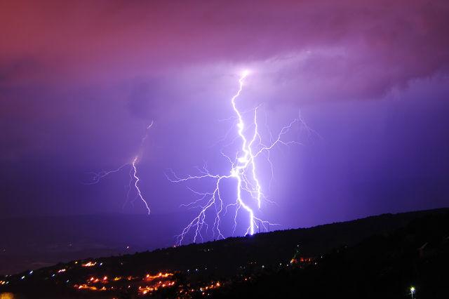 orages du mois de juillet en savoie C81kkp