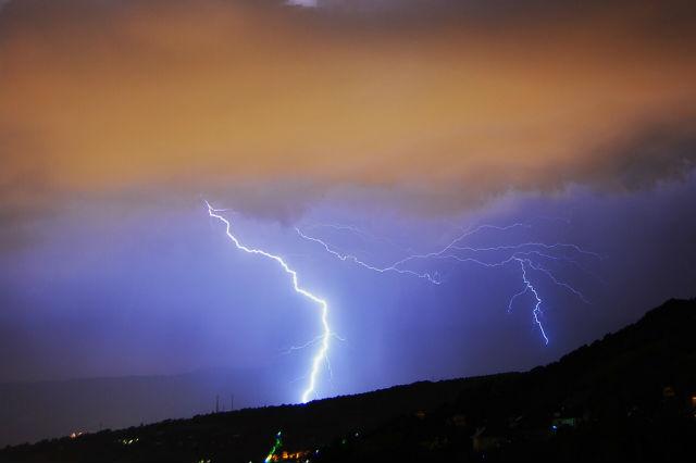 orages du mois de juillet en savoie J8am6p