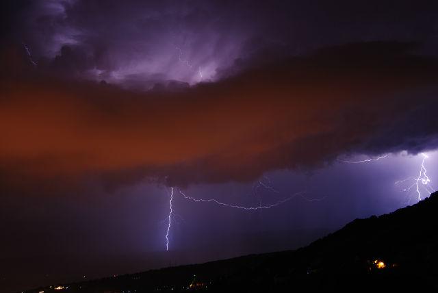 orages du mois de juillet en savoie Rz7vty