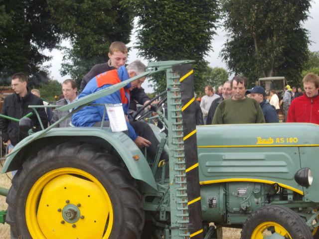 le petit tracteur qui me reste  P2rubb