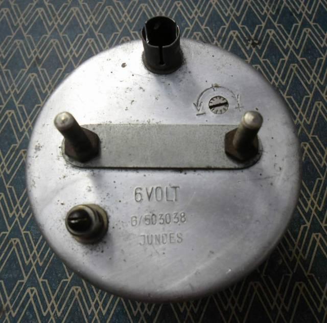 horloge V.D.O pour cox ovale (a faire reparer !) 689ct2