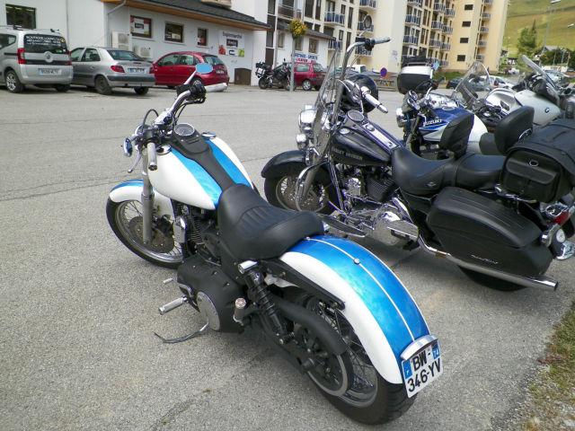 Rassemblement moto : les gueules de chien Usi0aa