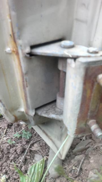 Réparation charnière porte  Gqnqjr