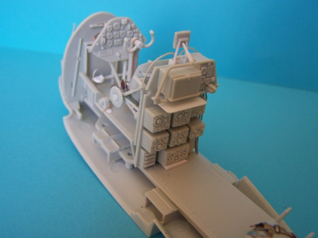 ARADO Ar 196A-3. revell 1/32 Ivyt6b