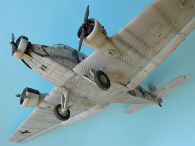 Junkers Ju-52. Italeri 1/72. Vk1mh5